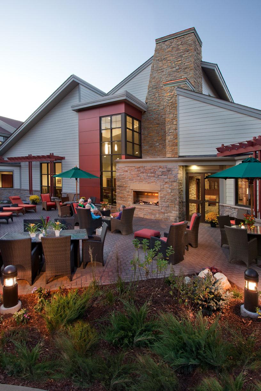An exterior photo of Friendship Village's outdoor patio.